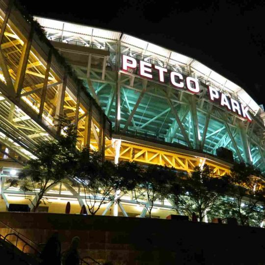 https://thecoachmanhotelbridlington.com/wp-content/uploads/2016/03/attractions-petco-park-06-540x540.jpg